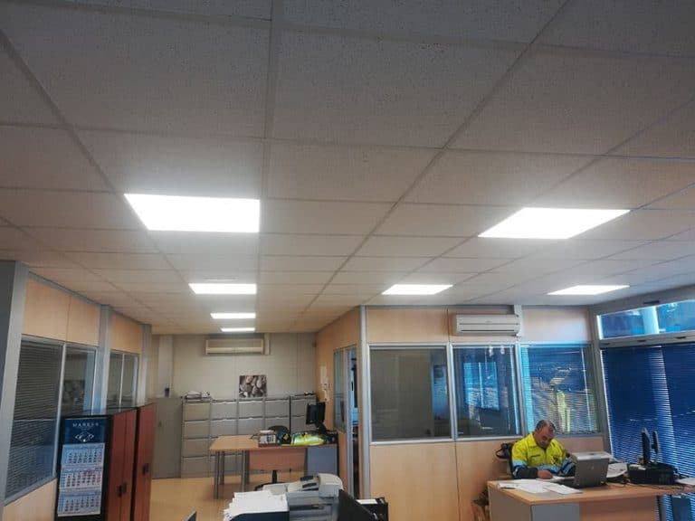 iluminacion-led-industrial-komatsu-003