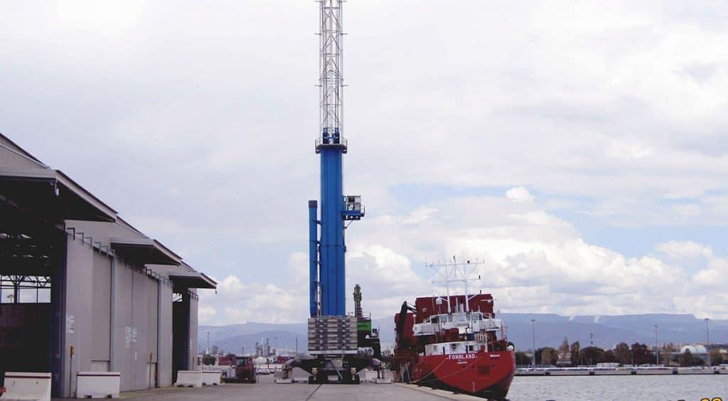 Instalacion-de-campanas-industriales-Puerto-de-Tarragona2