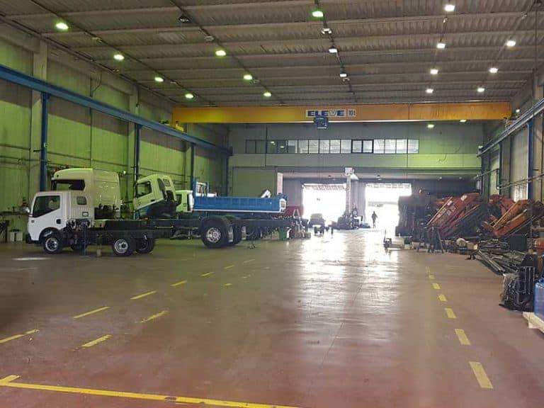 led-industrial-eurogruas-002