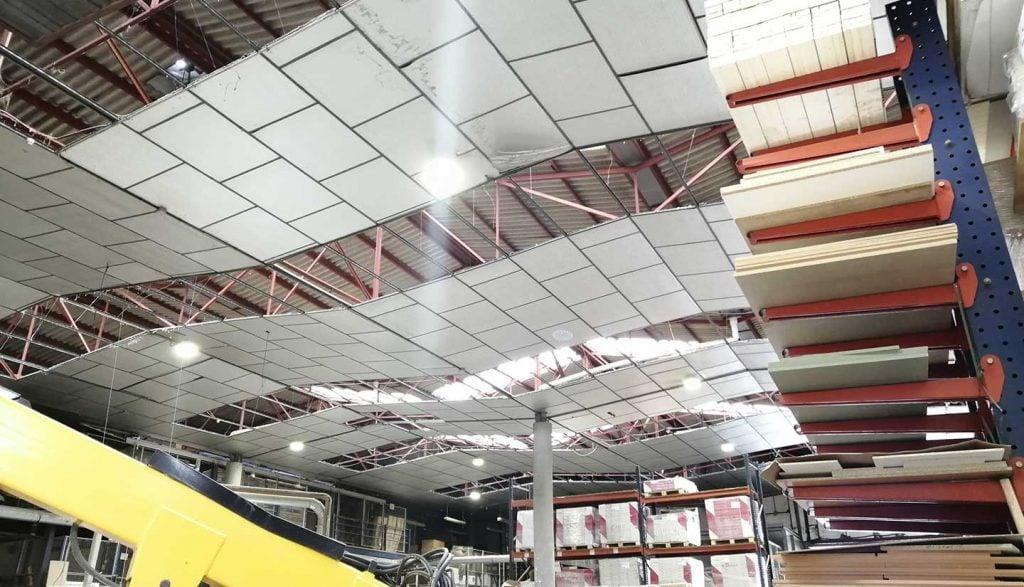 Iluminación en nave industrial Cuina Solució